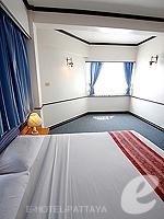 パタヤ ジョムティエンビーチのホテル : シグマ リゾート ジョムティエン パタヤ(Sigma Resort Jomtien Pattaya)のジュニア スイート ルームルームの設備 Bedroom