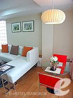 バンコク ファミリー&グループのホテル : シーロム コンベント ガーデン(Silom Convent Garden)の1 ベッドルーム F ルームの設備 Dining Area