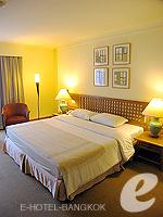 バンコク シーロム・サトーン周辺のホテル : シーロム セリーヌ(Silom Serene)のデラックス(シングル)ルームの設備 Bedroom