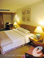 バンコク シーロム・サトーン周辺のホテル : シーロム セリーヌ(Silom Serene)のエグゼクティブ(シングル)ルームの設備 Bedroom