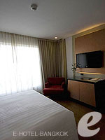 バンコク スクンビットのホテル : シルク バンコク(Silq Bangkok)のスーペリア(ダブル)ルームの設備 Bedroom