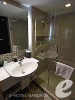 バンコク スクンビットのホテル : シルク バンコク(Silq Bangkok)のスーペリア(ダブル)ルームの設備 Relax Chair