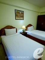 バンコク スワンナプーム空港周辺のホテル : シルバー ゴールド ガーデン スワンナプーム エアポート(Silver Gold Garden Suvarnabhumi Airport)のスーペリアルームの設備 Bedroom