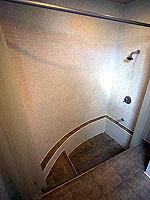 プーケット 5,000~10,000円のホテル : シノハウス ホテル プーケットタウン(Sino House Hotel Phuket Town)のシノ スイートルームの設備 Bath Room