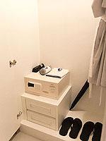 プーケット プールアクセスのホテル : シュガー マリーナ リゾート ノウティカル カタ ビーチ(Sugar Marina Resort NAUTICAL Kata Beach)のデラックスガーデンビュールームの設備 Closet