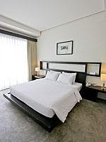 プーケット ファミリー&グループのホテル : シュガーパーム グランド ヒルサイド(Sugar Palm Grand Hillside)のグランド デラックスルームの設備 Bedroom