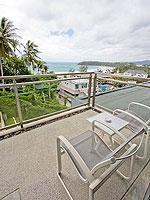 プーケット ファミリー&グループのホテル : シュガーパーム グランド ヒルサイド(Sugar Palm Grand Hillside)のグランド デラックスルームの設備 Balcony