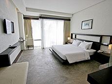 プーケット ファミリー&グループのホテル : シュガーパーム グランド ヒルサイド(1)のお部屋「グランド デラックス」