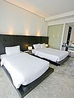 プーケット ファミリー&グループのホテル : シュガーパーム グランド ヒルサイド(Sugar Palm Grand Hillside)のグランド ジャグジー デラックスルームの設備 Bedroom