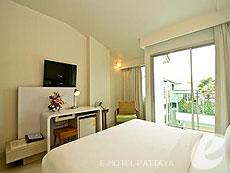 パタヤ ジョイナーフィー無料(JF無料)のホテル : サンシャイン ホテル & レジデンス(1)のお部屋「スーペリア サンシャインタワー」