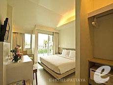 パタヤ サウスパタヤのホテル : サンシャイン ホテル & レジデンス(1)のお部屋「スーペリア プールビュー サンシャイン タワー ニューウィング」