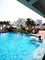 Swimming Pool : Sunshine Vista Serviced Apartment, Long Stay, Phuket
