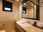 プーケット 5,000円以下のホテル : スワン パーム リゾート(Suwan Palm Resort)のスーペリア ルームルームの設備 Bathroom