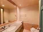 プーケット 5,000円以下のホテル : スワン パーム リゾート(Suwan Palm Resort)のファミリー ルームルームの設備 Bath Room