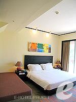 プーケット ファミリー&グループのホテル : ノボテル プーケット カロン ビーチ リゾート & スパ(Novotel Phuket Karon Beach Resort & Spa)のドゥプレックス アドベンチャー スイートルームの設備 Bedroom