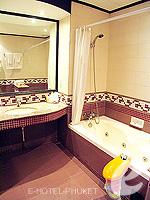 プーケット ファミリー&グループのホテル : ノボテル プーケット カロン ビーチ リゾート & スパ(Novotel Phuket Karon Beach Resort & Spa)のドゥプレックス アドベンチャー スイートルームの設備 Sink