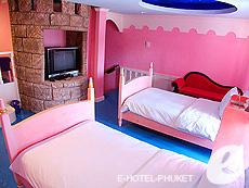 プーケット ファミリー&グループのホテル : ノボテル プーケット カロン ビーチ リゾート & スパ(1)のお部屋「ドゥプレックス アドベンチャー スイート」