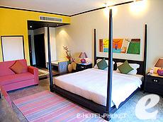 プーケット ファミリー&グループのホテル : ノボテル プーケット カロン ビーチ リゾート & スパ(1)のお部屋「ジュニア スイート」