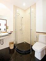 プーケット その他・離島のホテル : タマリンド ヴィラ プーケット(Tamarind Villa Phuket)の4ベッドルームルームの設備 Bathroom