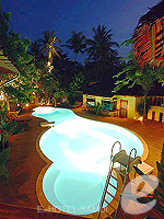 Swimming Pool : Tango Beach Resort, 2 Bedrooms, Phuket