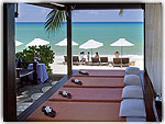 Massage : Thai House Beach Resort, Beach Front, Phuket