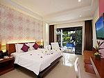 プーケット インターネット接続(無料)のホテル : アクセス リゾート & ヴィラ(Access Resort & Villas)のプールアクセス デラックス シングル(グリーンウィング)ルームの設備 Bedroom