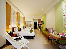 プーケット 10,000~20,000円のホテル : ザ アクセス リゾート & ヴィラ(1)のお部屋「デラックス ファミリー シングル(グリーン ウィング)」