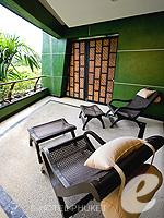 プーケット インターネット接続(無料)のホテル : ザ アスパシア プーケット(The Aspasia Phuket)のデラックス グランド ガーデンルームの設備 Balcony