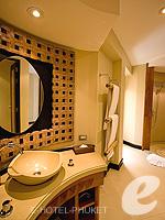 プーケット インターネット接続(無料)のホテル : ザ アスパシア プーケット(The Aspasia Phuket)のデラックスガーデンシービュールームの設備 Bath Room