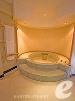 プーケット インターネット接続(無料)のホテル : ザ アスパシア プーケット(The Aspasia Phuket)の1ベッドルーム グランド ガーデン スイートルームの設備 Bath room