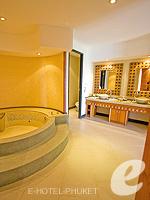 プーケット 5,000~10,000円のホテル : ザ アスパシア プーケット(The Aspasia Phuket)の1ベッドルームグランドシービュースイートルームの設備 Bath room