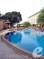 Swimming Pool : The Bayview Pattaya, USD 50-100, Phuket