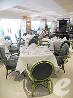 Restaurant : The Bayview Pattaya, South Pattaya, Phuket