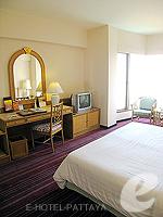 パタヤ サウスパタヤのホテル : ザ ベイビュー パタヤ(The Bayview Pattaya)のテーマ スイートルームの設備 Bedroom