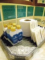 パタヤ サウスパタヤのホテル : ザ ベイビュー パタヤ(The Bayview Pattaya)のテーマ スイートルームの設備 Bath Amenities
