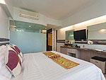 プーケット プールアクセスのホテル : ザ ブリス サウス ビーチ パトン(The Bliss South Beach Patong)のデラックス シービュールームの設備 Bedroom