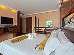 プーケット プールアクセスのホテル : ザ ブリス サウス ビーチ パトン(The Bliss South Beach Patong)のスーペリア スイートルームの設備 Bedroom