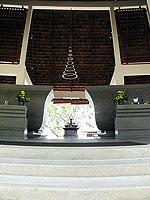 Entrance : The Briza Beach Resort & Spa, Chaweng Beach, Phuket