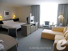 パタヤ シラチャーのホテル : ザ シティー ホテル シラチャ(1)のお部屋「ジュニア スイート(ツイン)」