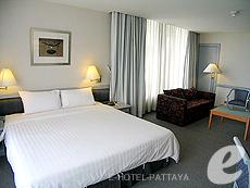 パタヤ シラチャーのホテル : ザ シティー ホテル シラチャ(1)のお部屋「コーナー スイート (ツイン)」
