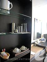 パタヤ シラチャーのホテル : ザ シティー ホテル シラチャ(The City Hotel Sriracha)のスーペリア(ツイン)ルームの設備 Minibar