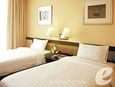 パタヤ シラチャーのホテル : ザ シティー ホテル シラチャ(1)のお部屋「スーパー デラックス  (ツイン)」