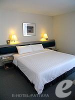 パタヤ シラチャーのホテル : ザ シティー ホテル シラチャ(The City Hotel Sriracha)のジュニア スイート(シングル)ルームの設備 Bedroom