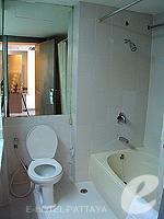 パタヤ シラチャーのホテル : ザ シティー ホテル シラチャ(The City Hotel Sriracha)のジュニア スイート(シングル)ルームの設備 Bath Room