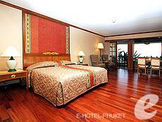 プーケット ヴィラコテージのホテル : ザ ダイヤモンド クリフ リゾート & スパ(1)のお部屋「ダイアモンド スイート(トリプル)」
