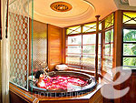 プーケット ヴィラコテージのホテル : ザ ダイヤモンド クリフ リゾート & スパ(The Diamond Cliff Resort & Spa)のオーシャン フロント スイート(シングル/ツイン)ルームの設備 Hidro Jacuzzi