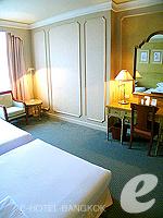 バンコク ファミリー&グループのホテル : ザ エメラルド ホテル(The Emerald Hotel)のスーペリアルームの設備 Room View