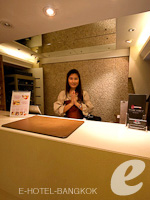 Reception / The Key Sukhumvit Bangkok by Compass Hospitality,