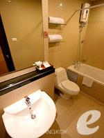 バンコク カップル&ハネムーンのホテル : ザ キー スクンビット バンコク バイ コンパス ホスピタリティ(The Key Sukhumvit Bangkok by Compass Hospitality)のプラチナキー デラックスルームの設備 Bathroom