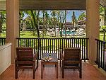 プーケット ヴィラコテージのホテル : ザ リーフ オーシャンサイド(The Leaf Oceanside)のパーム ヴィラルームの設備 Balcony